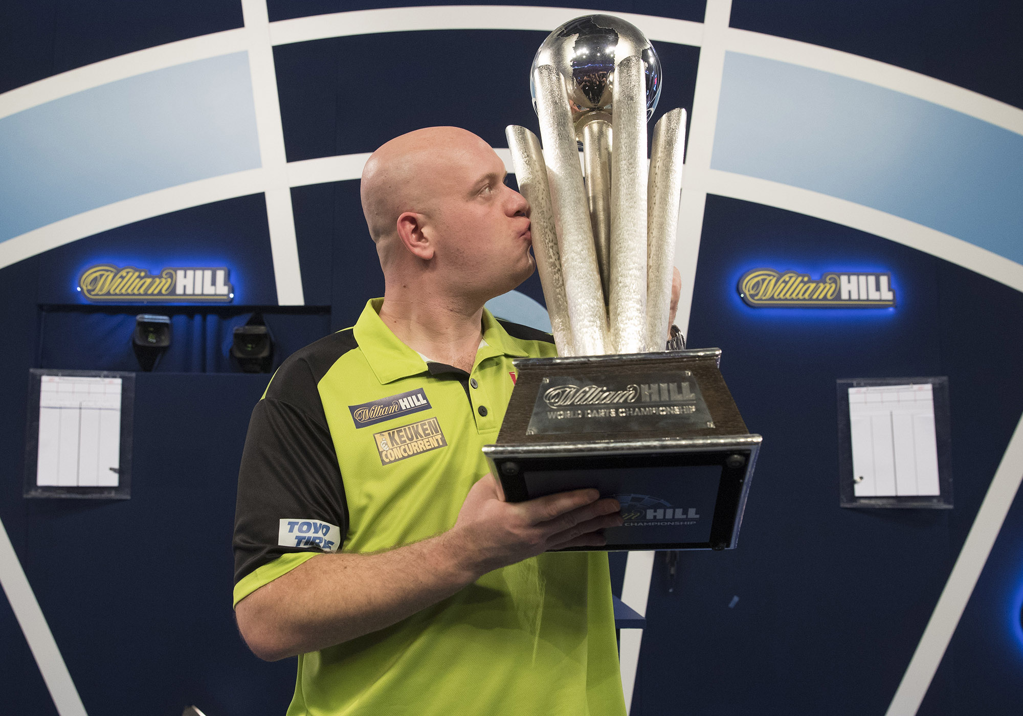 WILLIAM HILL WORLD DARTS CHAMPIONSHIP 2019 ALEXANDRA PALACE, LONDON PIC;LAWRENCE LUSTIG FINAL MICHAEL VAN GERWEN V MICHAEL SMITH MICHAEL VAN GERWEN WINS